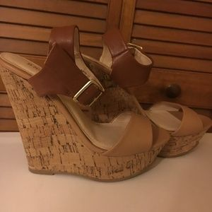 Bamboo Brown Wedges Size 6.5